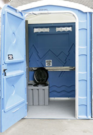 Fresh Water Flush Disable access toilet for Events and Parties.