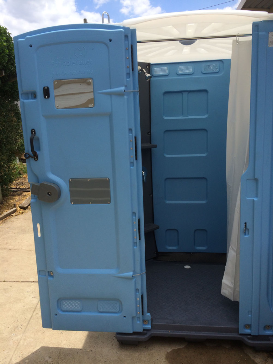 Portable showers and portable shower rental in for Rent a portable bathroom